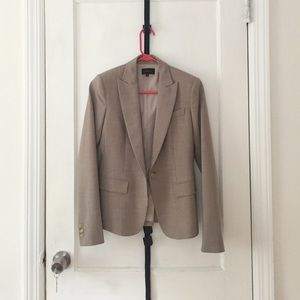 Theory blazer sand colored in size 00